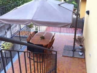 Foto - Trilocale via Villa Mattina, Caino