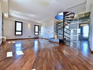 Фотография - Трехкомнатная квартира via Remo Brambilla, 23, Malcantone-brambilla, Concorezzo