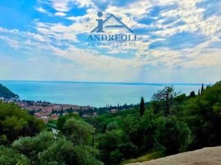 Φωτογραφία - Μονοκατοικία βίλα via Lungolago Regina Adelaide, Garda