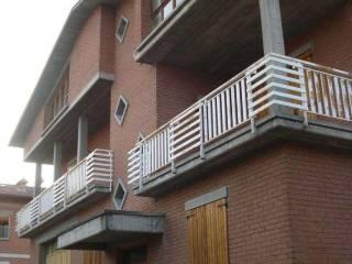 Foto - Terratetto unifamiliare 440 mq, da ristrutturare, Casalgrande