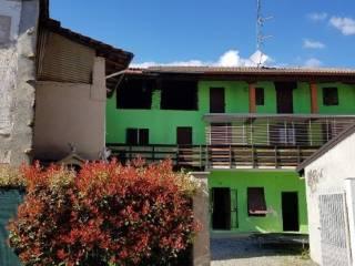 Foto - Terratetto unifamiliare 180 mq, da ristrutturare, Cavallirio