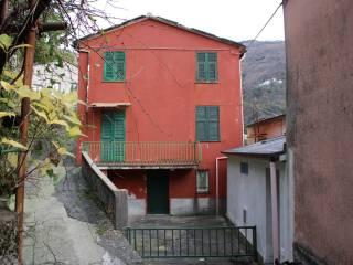 Foto - Terratetto unifamiliare 101 mq, da ristrutturare, Lorsica