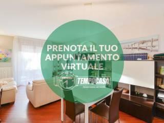 Photo - 3-room flat via Brianza 236, Lipomo
