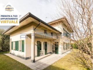 Foto - Villa unifamiliare via Guglielmo Marconi 99, Sartirana, Cassina, Cicognola, Sabbioncello, Merate