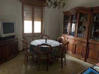 Foto - Trilocale da ristrutturare, secondo piano, Podenzano