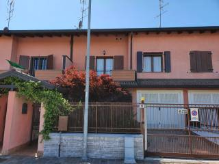 Photo - Terraced house via Roggia Cina 10-12, Bubbiano