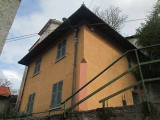 Photo - Single-family townhouse 70 sq.m., good condition, Vobbia
