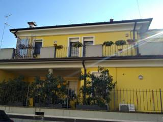 Foto - Trilocale via Alessandro Litta, San Bernardo - Zaist, Cremona