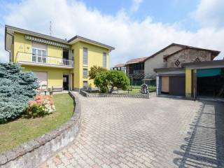 Photo - Single family villa via Vittorio Veneto, Navedano, Senna Comasco