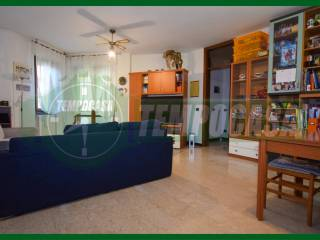 Photo - 3-room flat via Italo Cremona, Gazzada Schianno
