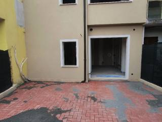 Photo - Terraced house 5 rooms, new, Este