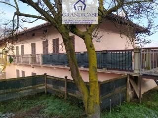 Photo - Multi-family townhouse via Cormoli, Monteu da Po