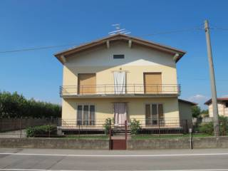 Foto - Villa bifamiliare via Camillo Benso di Cavour, Cossirano, Trenzano