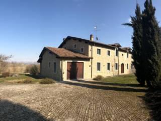 Foto - Villa plurifamiliare via Sotto Serra 4, Serralunga di Crea