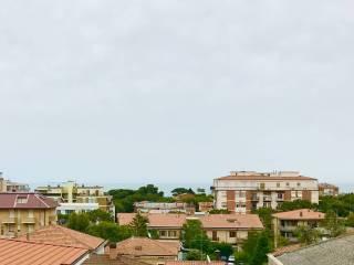 Foto - Trilocale buono stato, primo piano, Porto San Giorgio