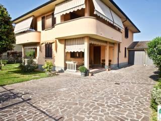 Foto - Villa unifamiliare via Padre Marcellino, Agnadello