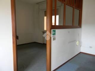 Foto - Quadrilocale buono stato, primo piano, Porto, Pesaro