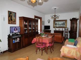 Foto - Appartamento buono stato, primo piano, Ossona