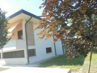 Foto - Villa unifamiliare, buono stato, 420 mq, Solesino