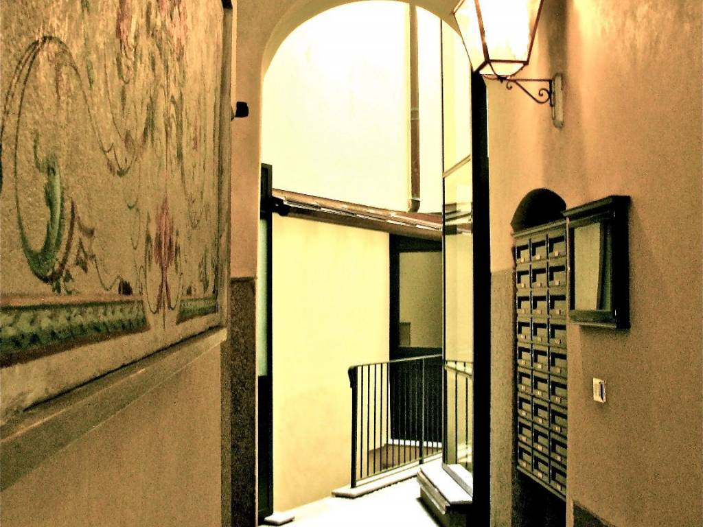 Via San Maurilio Milano affitto appartamento milano. monolocale in via san maurilio