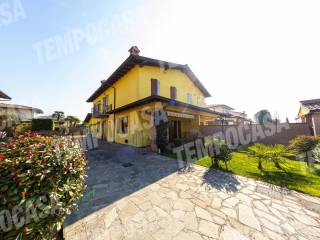Photo - Single family villa via Marchesi Monticelli Obizzi, Ripalta Guerina