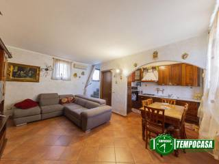 Foto - Trilocale via Molino Vecchio, Vernate