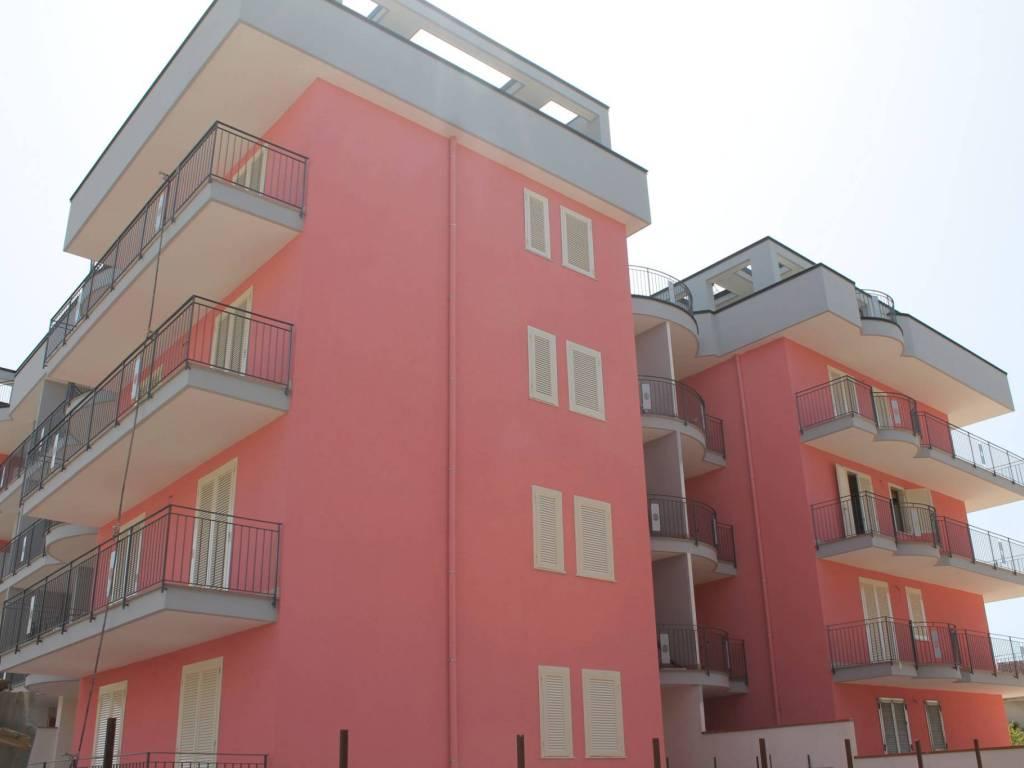 foto ESTERNO Zweizimmerwohnung via Montella, Maddaloni