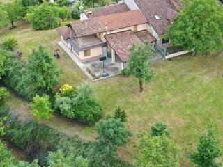 Foto - Casale via Roveglia 7, Montemagno