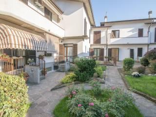 Photo - Terraced house via dei Cappuccini, Treviglio