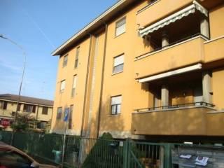 Foto - Trilocale buono stato, terzo piano, Gorgonzola