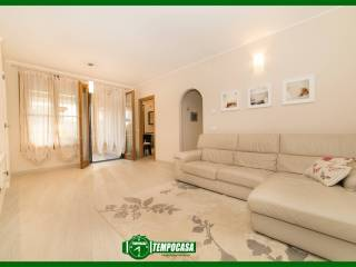 Photo - 3-room flat via Alessandro Manzoni 10, Cambiago