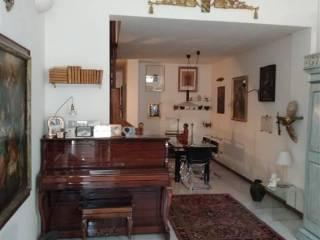 Foto - Appartamento buono stato, secondo piano, Novellara