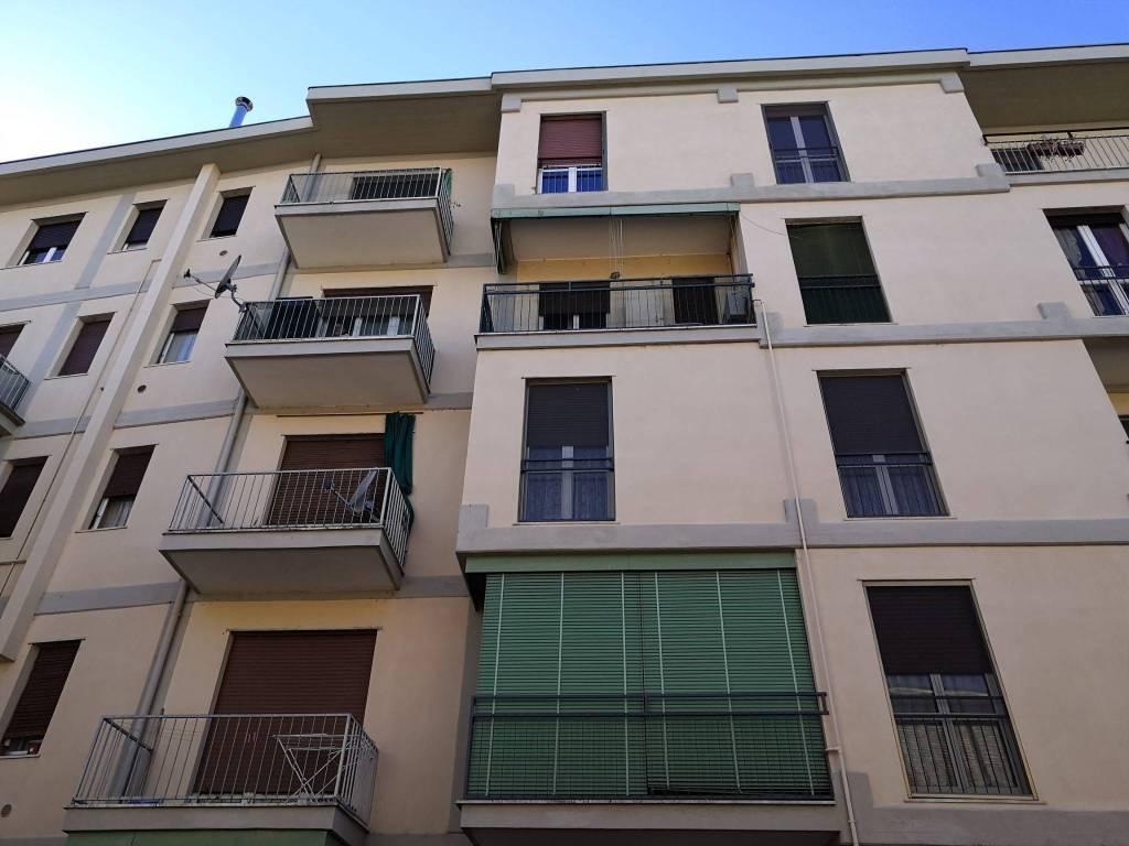 foto  2-room flat via Antonio Cantieri Benassi 40, Pavia