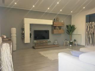 Photo - 3-room flat via Rossi, Volla