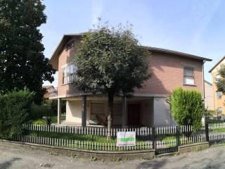 Foto - Villa unifamiliare via Giacomo Leopardi 8, Castelnovo di Sotto