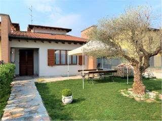 Foto - Villa a schiera via Sante Giulie, 43, Torre Pallavicina