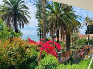 Foto - Villa bifamiliare, buono stato, 385 mq, Corso degli Inglesi, Sanremo