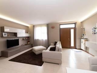 Foto - Villa bifamiliare via Gerolamo Canale, Casalpusterlengo