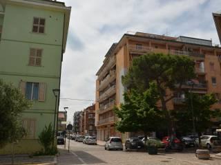Foto - Trilocale via Matese, Ospedale, Pescara