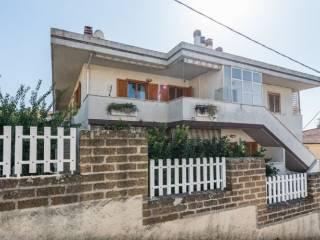 Foto - Villa a schiera via Serra Lunga 8, Colle del Telegrafo - Colle Scorrano, Pescara