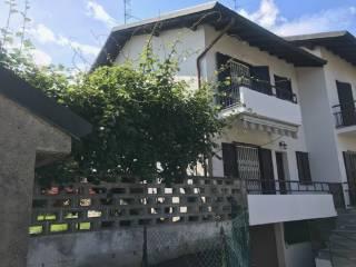 Foto - Villa a schiera 5 locali, buono stato, Lazzate