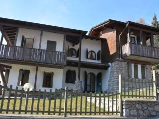 Foto - Villa unifamiliare via Pelli, Aviatico