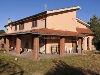 Foto - Terratetto unifamiliare via Roma, 315, Lariano
