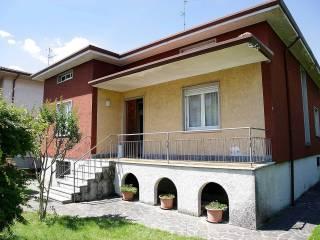 Foto - Villa unifamiliare via Alessandro Manzoni 4, Osio Sotto