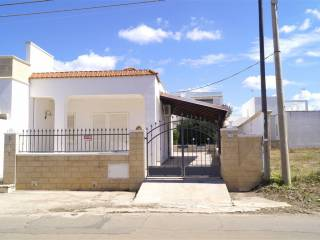 Foto - Villa a schiera 4 locali, buono stato, Torre Pali, Salve