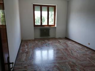Foto - Trilocale buono stato, quarto piano, Borgo Rovereto - Piscina, Alessandria