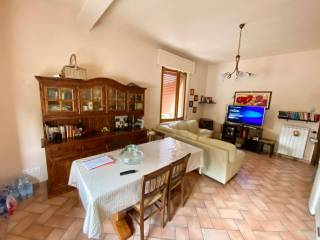 Foto - Zweizimmerwohnung via Roma-, Valfabbrica