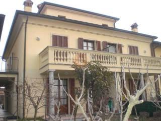 Foto - Villa a schiera 5 locali, buono stato, Ponte Carate, San Genesio ed Uniti