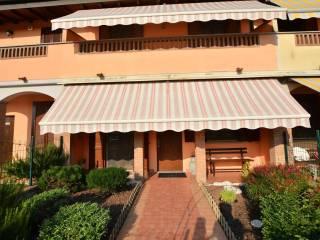 Foto - Villa a schiera via cavour, Inverno e Monteleone