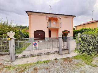 Foto - Villa unifamiliare via Giosuè Carducci, Ozzano Monferrato